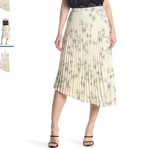 Sanctuary The Summer Floral Pleated Skirt M